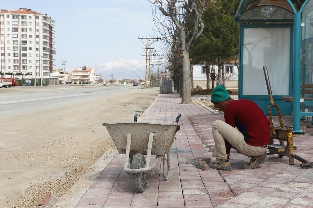 2020/03/karaman-belediyesinde-kaldirim-calismasi-20200326AW97-2.jpg