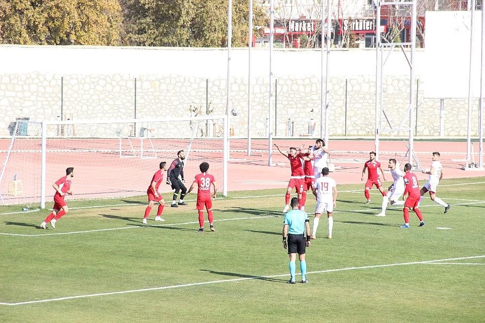 2020/12/3-lig-karaman-belediyespor-0-tokatspor-3-20201202AW18-6.jpg