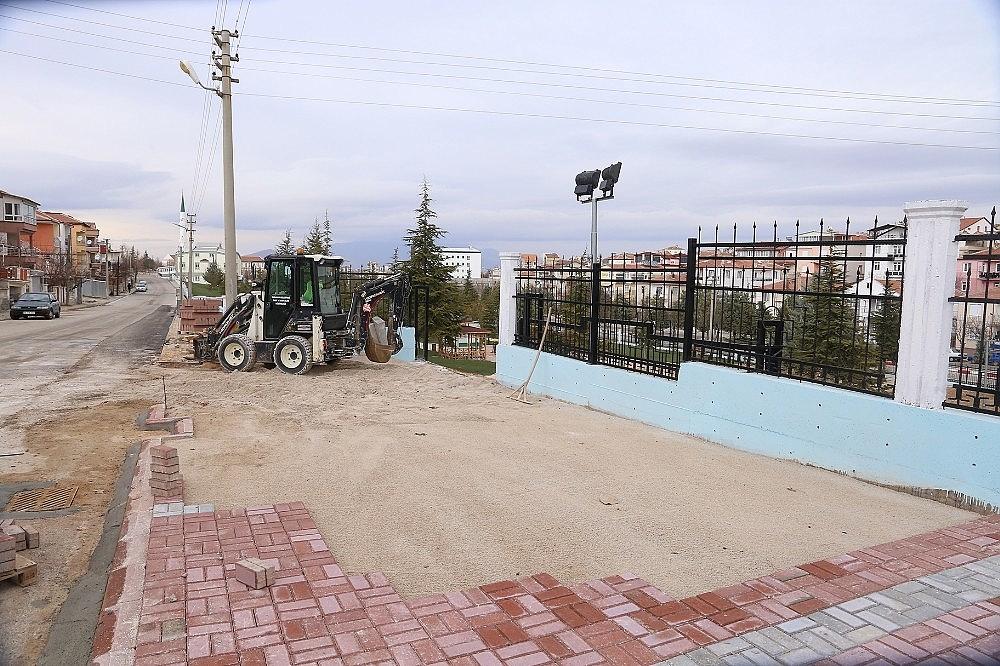 2021/01/karaman-belediyesi-koruluga-otopark-yapiyor-20210126AW22-2.jpg
