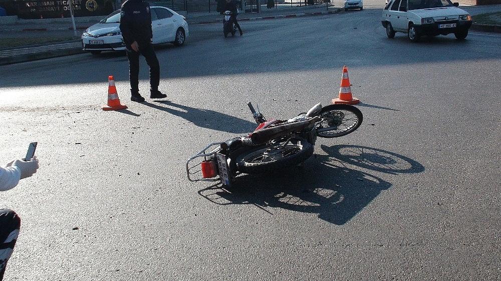 2021/02/kamyonet-ile-carpisan-motosikletteki-2-kisi-yaralandi-20210226AW25-3.jpg