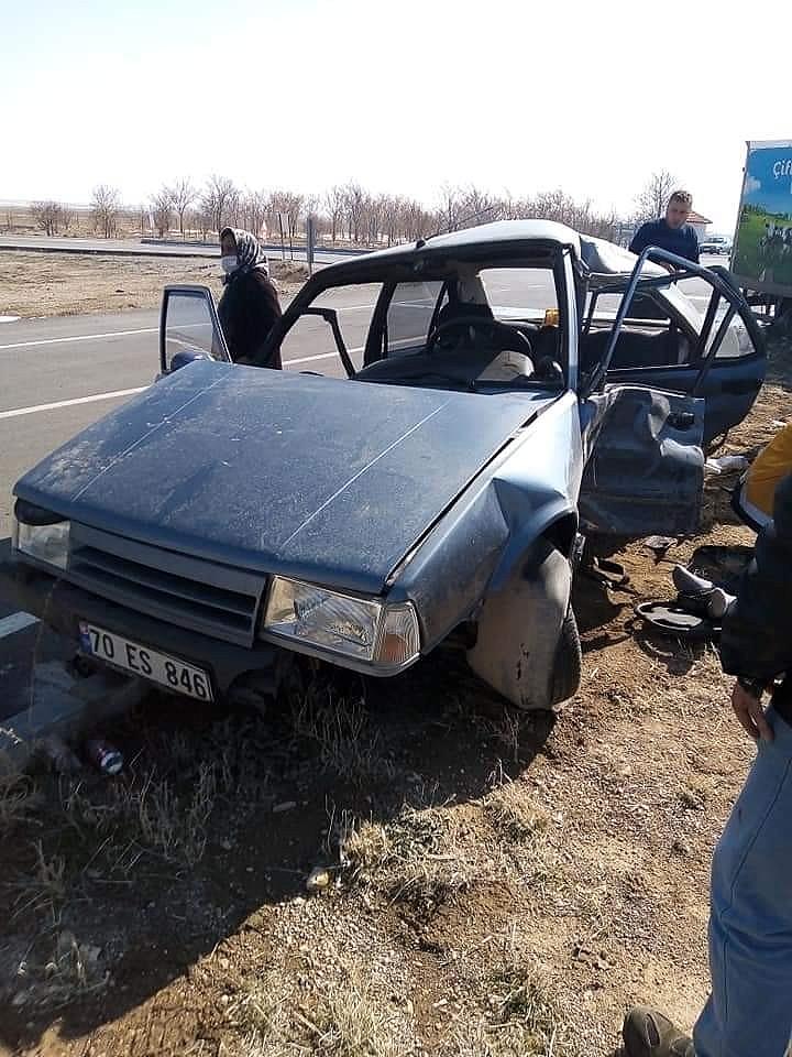 2021/02/karamanda-kamyonetle-otomobil-carpisti-1-olu-2-yarali-20210222AW25-1.jpg