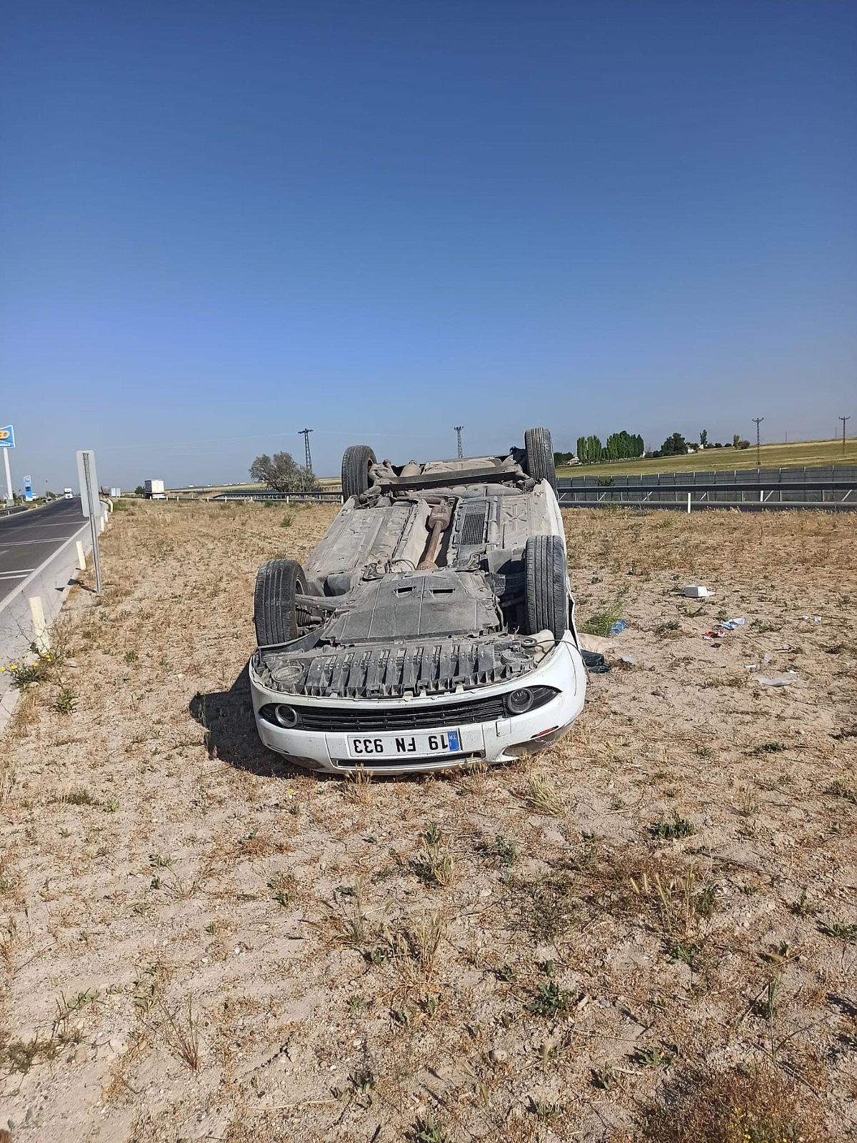 2021/05/otomobil-refuje-takla-atti-3-yarali-20210530AW33-4.jpg