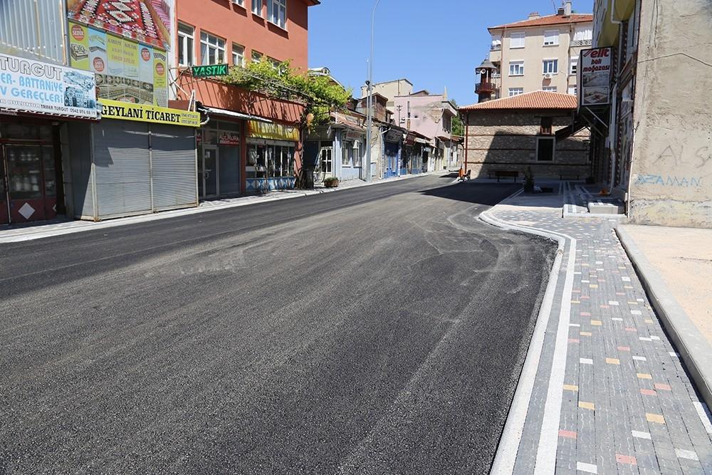 2021/06/karaman-belediyesinin-semerciler-sokaginda-baslattigi-calismalar-tamamlandi-20210608AW34-3.jpg